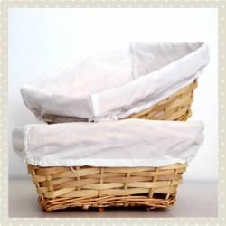 Canastilla panera de mimbre cuadrada forrada con tela blanca pequeña para 2-3 productos y peluche mediano